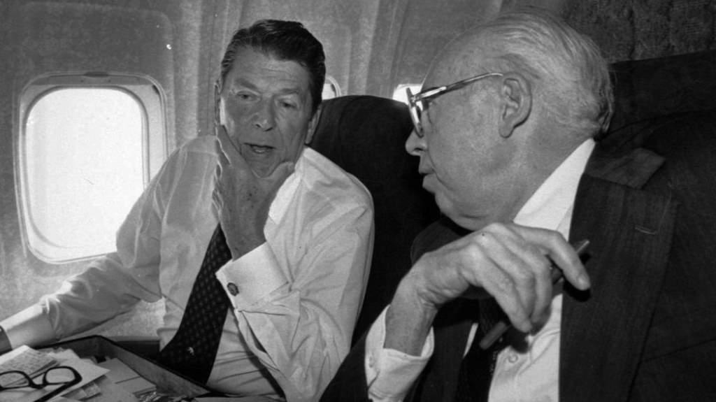 রোনাল্ড রিগ্যান এবং উইলিয়াম কেসি, যারা গাদ্দাফিকে উৎখাত করতে চেয়েছিল