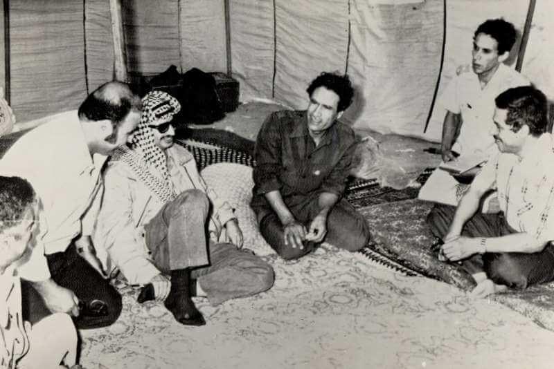১৯৮১ সালে ত্রিপোলিতে গাদ্দাফির সাথে ইয়াসির আরাফাত এবং মাহমুদ আব্বাস