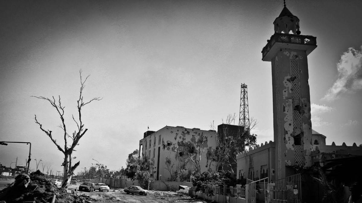 লিবিয়া যুদ্ধের ডায়েরি - বিদ্রোহীদের কবলে