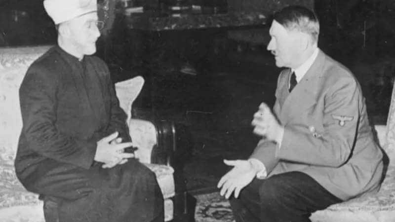 হিটলারের সাথে জেরুজালেমের মুফতি হুসেইন আল-আমিনি